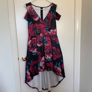Floral print high-low v-neck dress size large